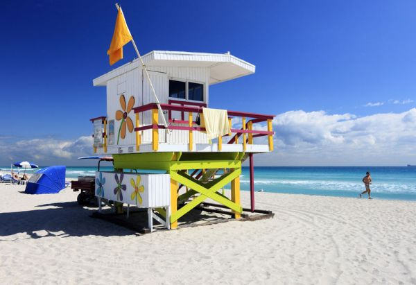 Rettungsschwimmer Station in South Beach in Miami Beach, Florida, USA